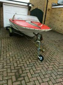 Speed boat project quick sale needed hence price.