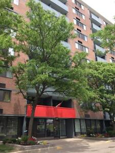 130 & 140 Lincoln Road - One Bedroom Apartment Apartment... Kitchener / Waterloo Kitchener Area image 8