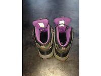 TrailForce Walking Boots, grey/black/purple, UK size 5