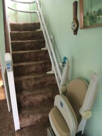 Stairlift fits curved stairs.