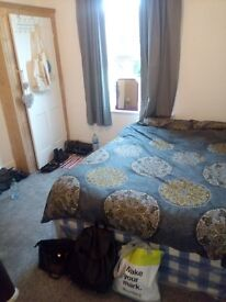 ***ALL BILLS INCLUDED COZY DOUBLE ROOM NEAR CATFORD STATION!!!
