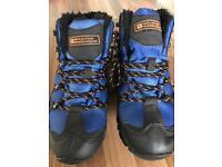 Mountain warehouse walking boots size 5