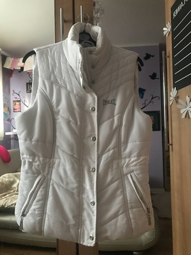 White gilet EVEREST