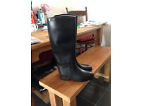 Womens Size 5 Aigle Lined Rubber Riding Boots