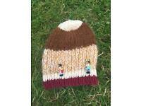 Warm winter hat for 4-6 yr old. Handmade.