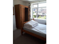 Room to rent in large sharehouse
