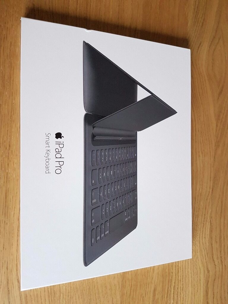 APPLE iPad Pro Smart keyboard. 5 months oldin Enfield, LondonGumtree - APPLE iPad Pro Smart keyboard. 5 months old iPad Pro smart keyboard, Apple part no MJYR2ZM/A In good condition in the original Apple boxes. Costs £169 to buy from Apple, only asking £105 Please text me if you have any questions. Genuine sale....