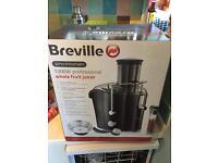 Breville 1000w Juicer