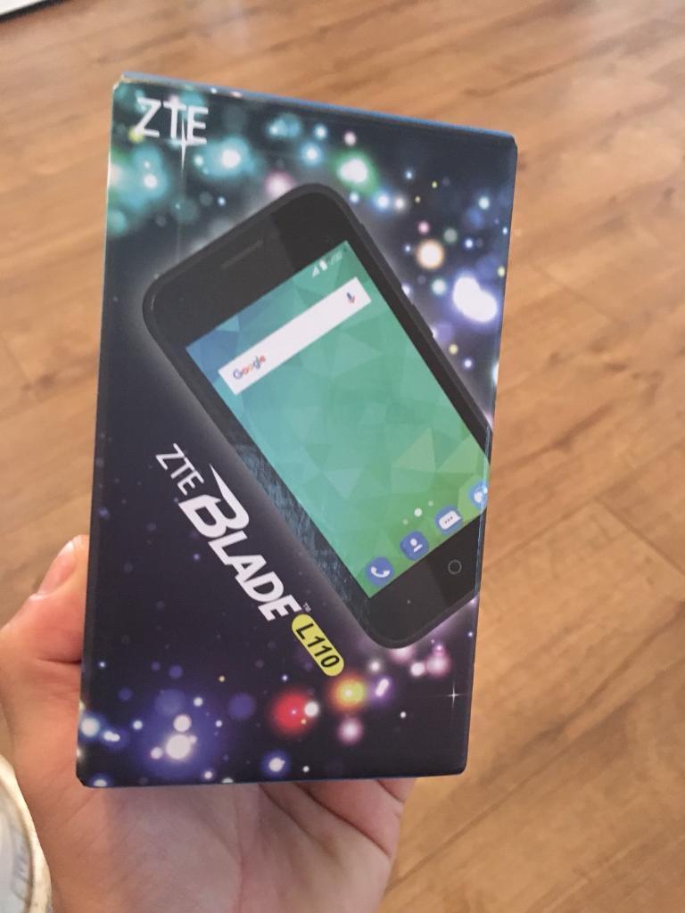 Zte smart phone very good 4g 5mp camera 8gb