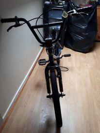 """20"""" boys bike £15"""