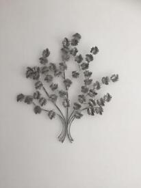 Metal wall tree decoration