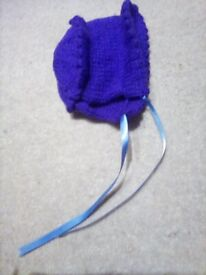 Baby bonnet for premature in purple with ribbon