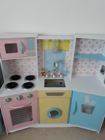 Kidkraft girls kitchen