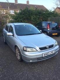 Vauxhall Astra 1.6 SXI Twinport Silver (5 door)