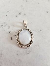 Beautiful Silver 925 pendant with a blue Moonstone