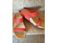 Fitflops-Leather Upper-size6-£15