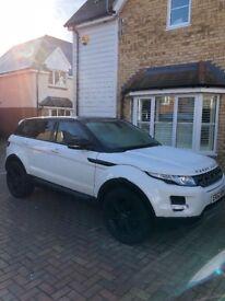 2012 Land Rover envoque auto white