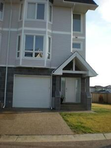 31-98 Wilson Drive - 1  MONTH FREE RENT ON A 1 YEAR LEASE