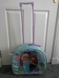 Disney store Frozen wheeled suitcase