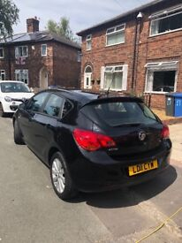 11 plate Vauxhall Astra exclusiv hatchback Black 1.6 auto