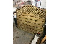 NEW DECORATIVE FENCE PANEL TREATED 6FT X 4FT X 5FT