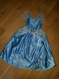 Princess dresses age 5-6