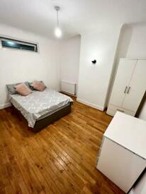 Rent Double & Single Rooms close to Northumberland Park rail station