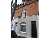 House to let - Ainsworth Avenue
