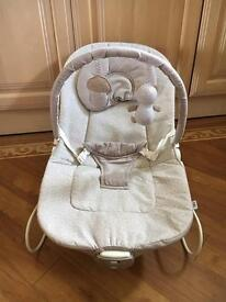Mamas and papas neutral baby bouncer rocker chair
