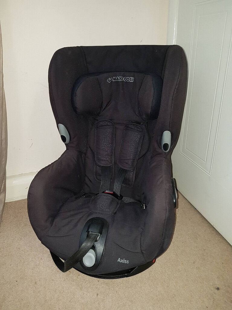 Black MAXI COSI AXISS car seat, 9-18 kg, CAN DELIVER
