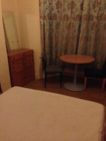 Double room to let Leytonstone