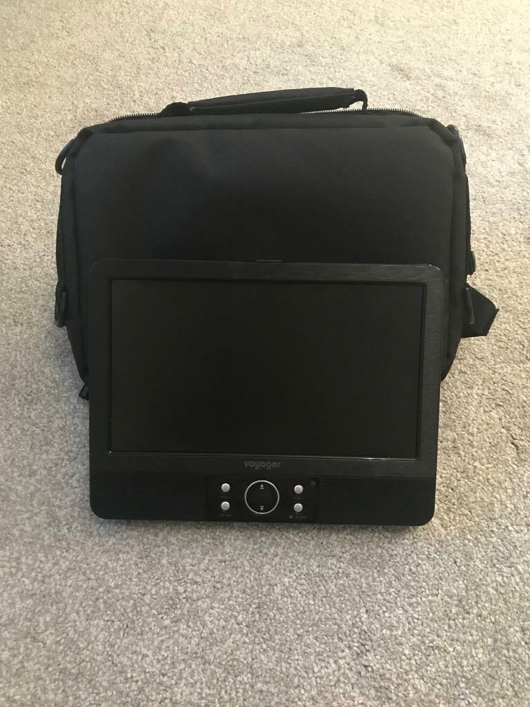 Voyager 7 inch In Car Portable DVD Player with Easy Fit Mount