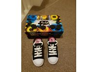 Girls Original Heelys, excellent condition only worn once with tool & caps. Junior UK 11