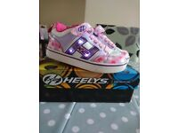 Heelys trainers shoes flash size 13 pink