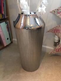 Next large vase with flower lights