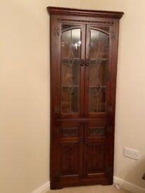 Old Charm solid oak corner cabinet