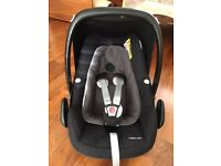 Maxi Cosi Pebble Plus car seat in excellent condition