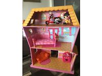 Lalaloopsy dolls house