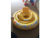 Infant float / intex