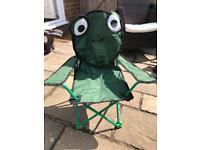 Frog foldaway camping chair