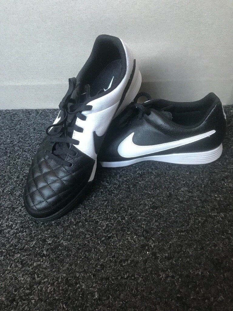 c4ba00c0c Nike Air Tiempo Genio Leather Black & White Astro turf trainers size ...