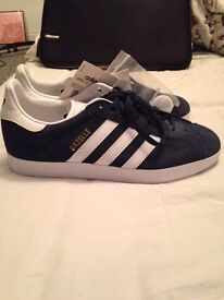 BRAND NEW Adidas Gazelle midnight blue 6.5uk