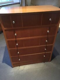 Set of drawers old but functional and solid
