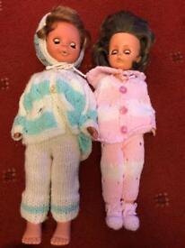 2 old dolls