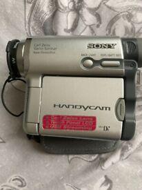 SONY DCR-HC14E HANDY CAM