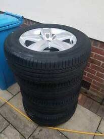 VW Amarok alloy wheels with continental tyres