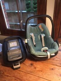 ***Maxi Cosi Pebble car seat in 'Nomad Green' colour. FamilyFix base also available***