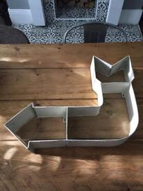Metal Industrial arrow sign/shelf