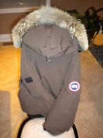 Women's Canada Goose Brown Chilliwack Bomber Large