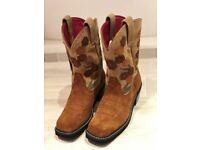 Brand New Ladies Cowboy style Boots Size 6
